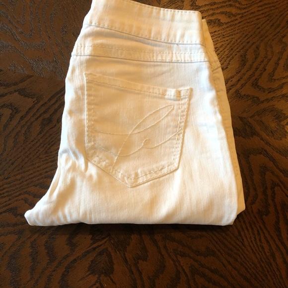 White crop jeans size 27
